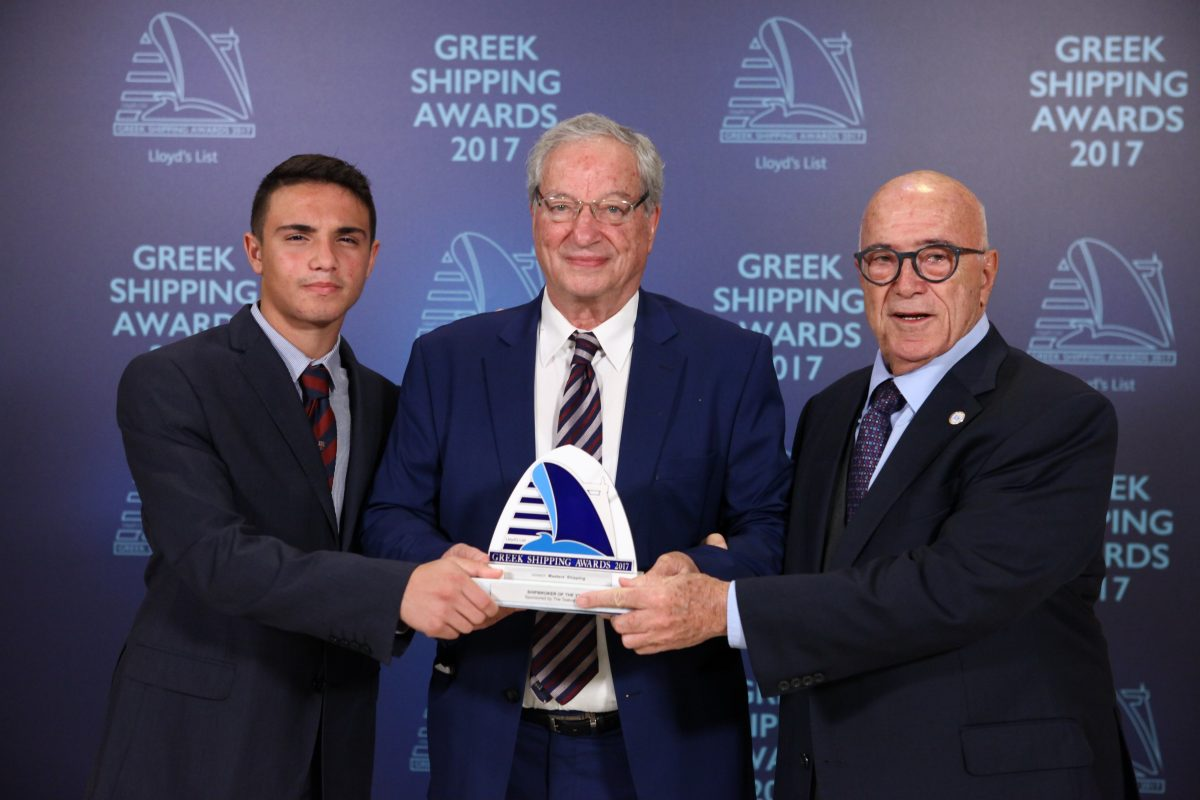 Dennis Vernardakis of Masters' Shipping (centre) accepting the Shipbroker of the Year Award from Capt. Panagiotis Tsakos and Panagiotis Tsakos Junior of sponsor The Tsakos Group.