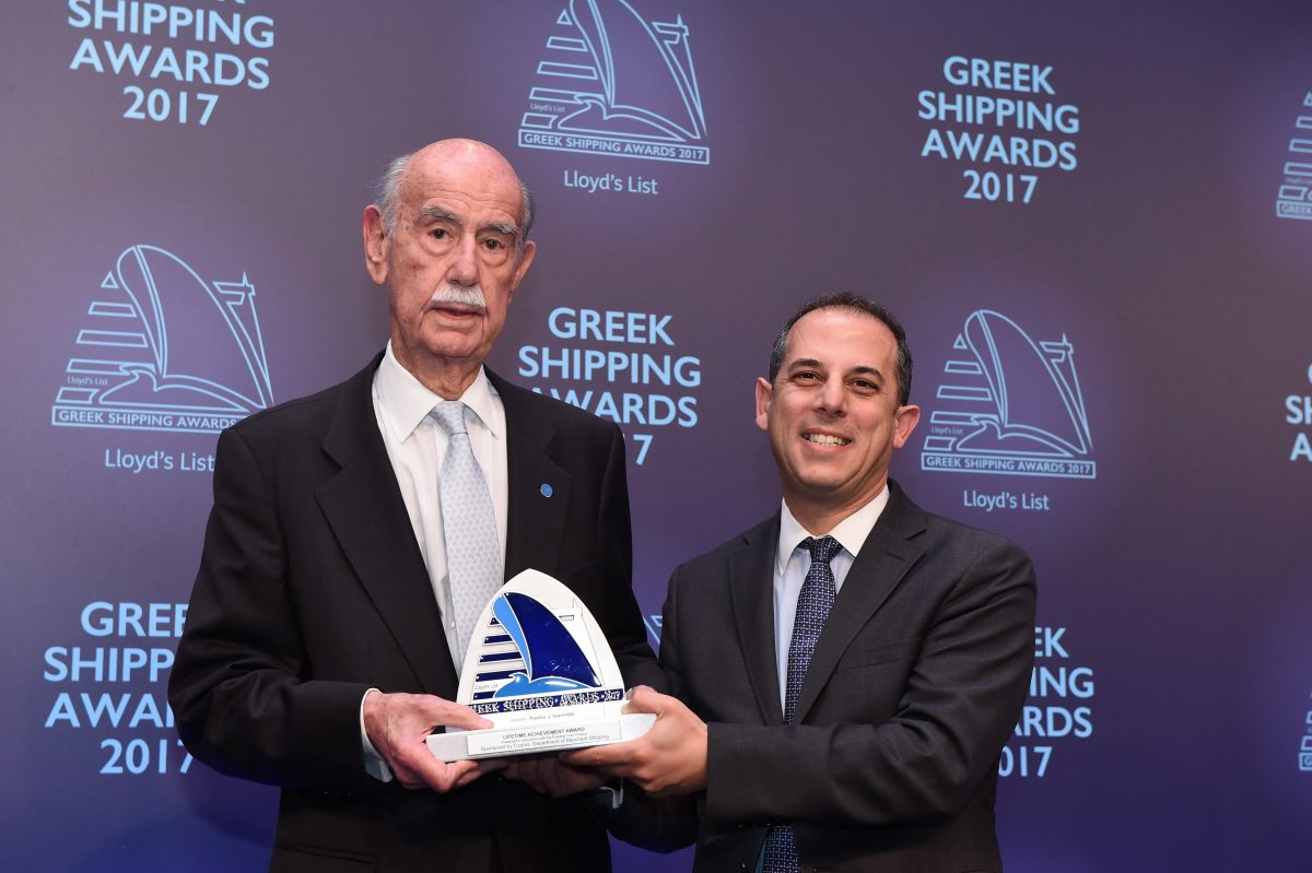 Pavlos J. Ioannidis receiving the Lloyd's List/Propeller Club Lifetime Achievement Award from Marios Demetriades, Minister of Transport, Communications and Works, Republic of Cyprus.