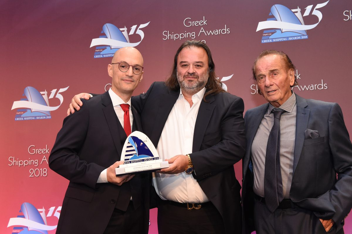 Kyriakos Mitsotakis of sponsor Five Oceans Salvage presenting the Passenger Line of the Year Award to Marios Iliopoulos (centre) of Seajets.